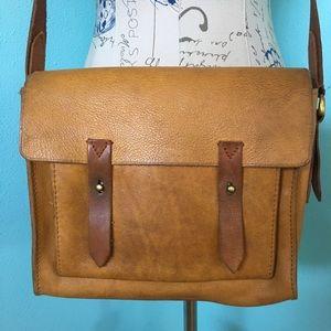 Madewell Essex Golden Tan Messenger crossbody bag